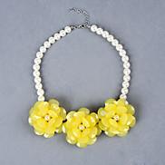 Fashion Temperament Camellia Pearl Necklace