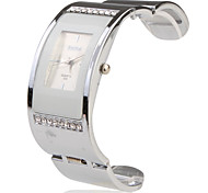 Stainless Steel Bracelet Band Wrist Watch - White
