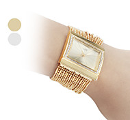 Women's Fashionable Diamond Alloy Style Analog Quartz Bracelet Wrist Watch (Gold) Cool Watches Unique Watches