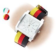Femmes et style décontracté à quartz analogique montre-bracelet Tissu Girl (couleurs assorties)