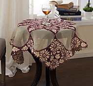 Classic Polyester Geometric Table Cloths