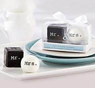 Mr. & Mrs. Cerâmica Salt & Pepper Shakers