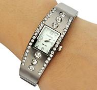 Women's Rectangle Dial Diamante Alloy Band Bracelet Watch (Assorted Colors)