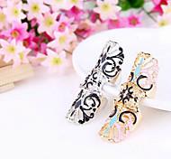 Европейские и американские торговые ювелирные Таинственный европейский и американский стиль ретро полые резные цветочные Кольцо R719 R720