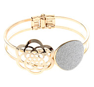 (1 Pc)Fashion Women's Gold Alloy Bangle