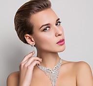 di alta qualità ceco lega strass placcato nozze gioielli di sposa, tra collana e orecchini