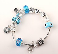 main bracelets de perles bleu des femmes de style européen