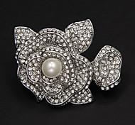 Pearl Flower Rhinestone Brooch