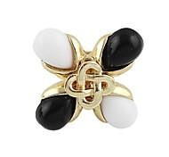 Schwarz-Weiß-Zwei-Farben-Vier-Blatt-Klee-Form der Frauen Big Ring