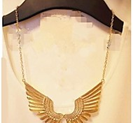 Exaggerated Atmospheric Quality Metal Angel Wings Personality Female Gold Necklace