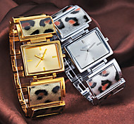 Frauen Einfache Rectangle Dial-Leopard-Muster Steel Band Quartz Analog-Armbanduhr (verschiedene Farben)
