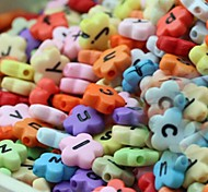 Z&X®  DIY Beads Material Colored Letter Petal Shaped Beads 30 PCS(Random Color, Pattern)