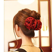 Elegant Three Roses Hair Claws Hair Accessories Random Color