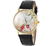 Women's Flower Pattern Dial Gold Case Rim PU Band Quartz Wrist Watch(Assorted Colors)