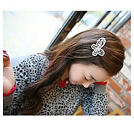 Lovely Korean Style Alloy with Crystal  Bowknot Hairpins Hair Clips Random Color