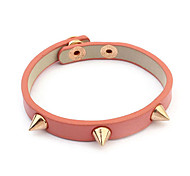 European Style Simple Rivet Leather Bracelet(Random Color)