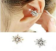 European  (Snowflake) Alloy Ear Cuffs(Gold,Silver) (1 Pc)