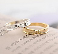 Lrregular Bow Ring Fashion and Personality