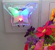 mariposa luz enchufe noche