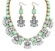 Women's Beaded Flowers Cluster Bib Statement Necklace Earrings Set