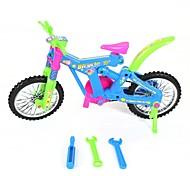 assemblaggio giocattolo di plastica della bicicletta