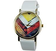 Women's Wooden Pattern PU Band Quartz Casual Watch(Assorted Colors)