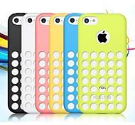 capa de silicone de cor sólida com furos na parte de trás para iphone 5-C (cores sortidas)