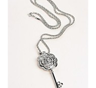 Love Is You Hollow Out A Rose Crystal Key Pendant Necklace