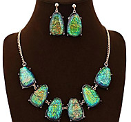 The Hot Trend Of Colored Gemstones Inlaid Geometric Pendant Necklace Two Piece Suit