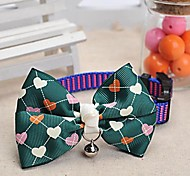 Adjustable Meshbelt Heart Pattern Green Bowknot and Bell Decorated Collar for Pet Dogs