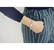 Fashion Hierarchics Tower Bowknot Silvery Alloy Charm Bracelet(1pc)