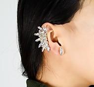 2015 New Coming Wholesale White Gemstone Women Ear Cuff