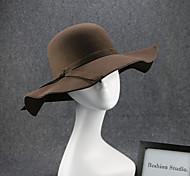 Femme - Capeline - en Simili Cuir - Vintage