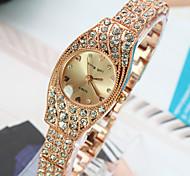 Women's New Explosion Circular Diamond Dial Diamond Bracelet Fashion Quartz Watches