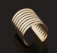 Fashion Big Alloy Bracelet