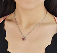 Silver Plated Zircon Pendant Necklace