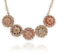 Retro Fashion Circle Diamond Statement Necklace