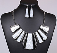 Women's Fashion Colorful Resin Necklaces/Earrings Sets(More Colors)