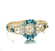 Sjeweler Girls Female Golden Clearn Blue Diamond Bracelet Watch Cool Watches Unique Watches