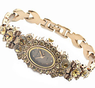 Frauendiamantdekor Goldstahlband Quarz-Armbanduhr
