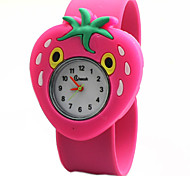 Children's Cute Cartoon Silicone Strawberry Pattern   Lovely Digital Quartz Slap Watch