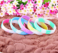 HUALUO®Fashion BEST FRIENDS Letters Luminous Silicone Bracelets(Random Color)