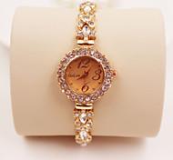 Frau Mode Stahlband-Quarz-Armbanduhr