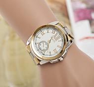 Woman's Watch Rome Digital Quartz Swiss Alloy Watch Fashion White Diamond Belt Watch