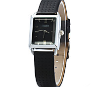 XICOO 624 Women's Convex Mirror Quartz Watch Leather Band Wristwatch Cool Watches Unique Watches