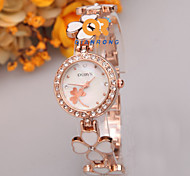 Korean Version of The New Small Fresh Clover Women's Bracelet Quartz Watch