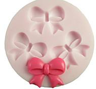 Три отверстия бантом Круглый силиконовые формы Фондант Пресс-формы Сахар Craft Инструменты Смола цветы Плесень пресс-формы для тортов
