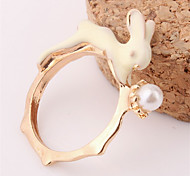 Women European Style Fashion Cute Rabbit Bunny Imitation Pearl Ring