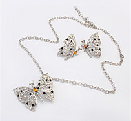 Women European Style Retro Fashion Butterfly Necklace Earrings Set