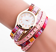 Women's Bohemian Style Crystal Leather with Rivet Band White Case Analog Quartz Bracelet Fashion Watch